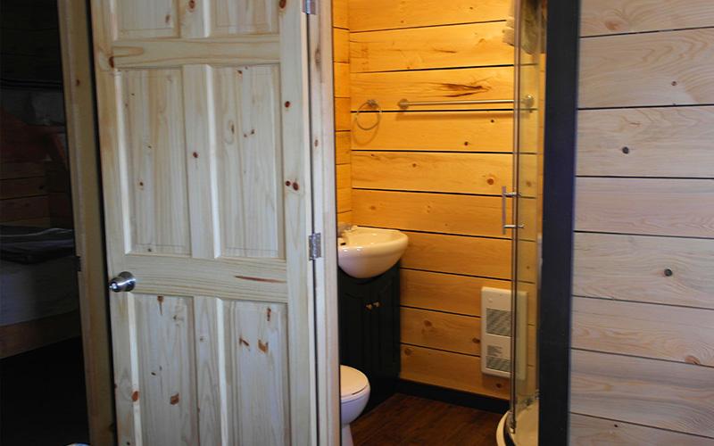 Chalets intérieur- salle de bain - Pourvoirie du Lac Croche Saint-Côme - Lanaudière
